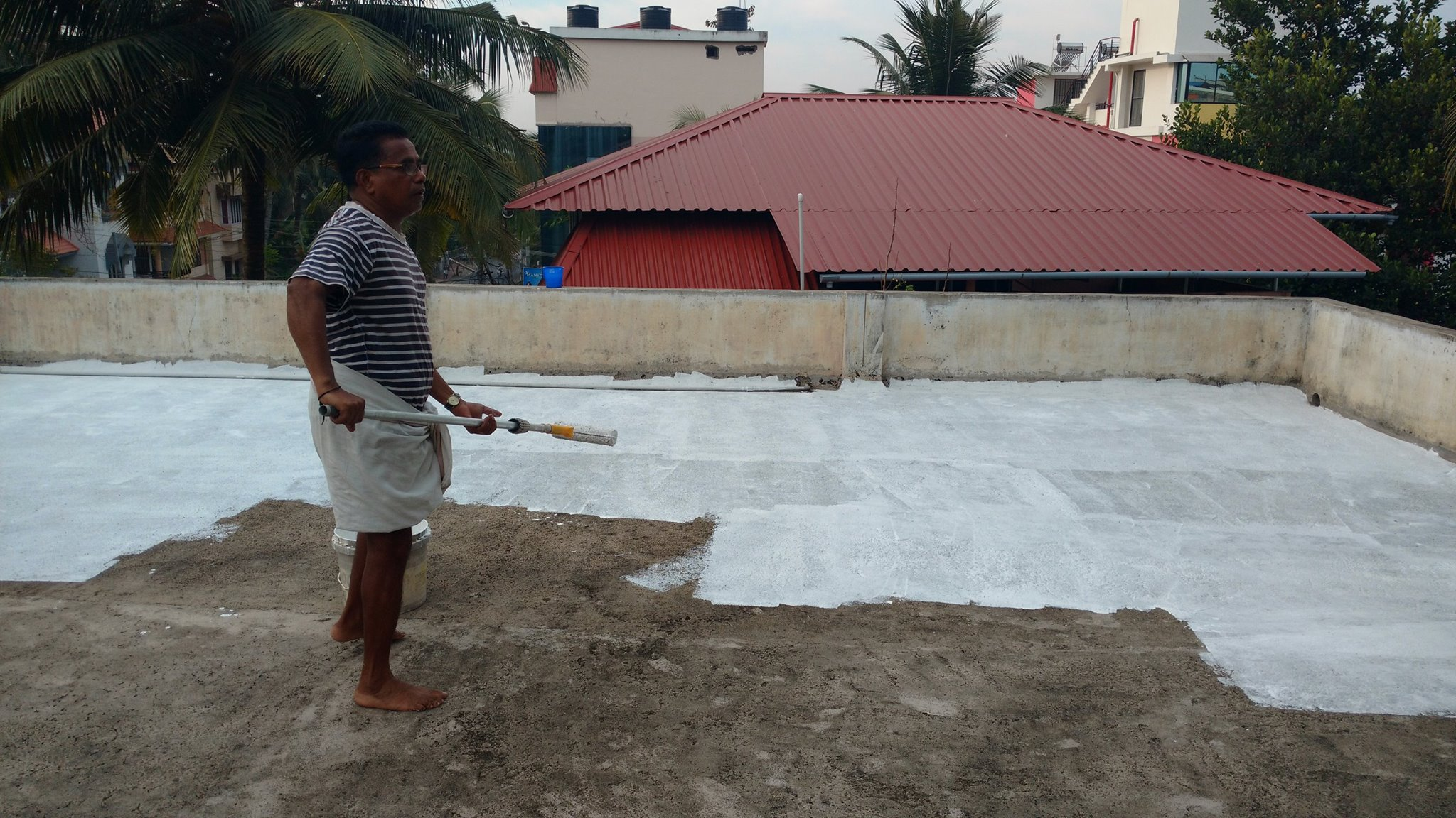 Whitewashing rooftop can take the edge off summer heat
